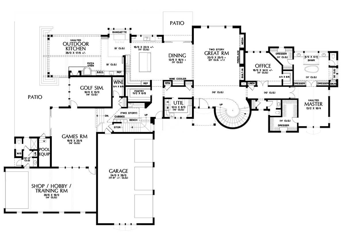 Main Floor Plan image of Featured House Plan: BHG - 1762