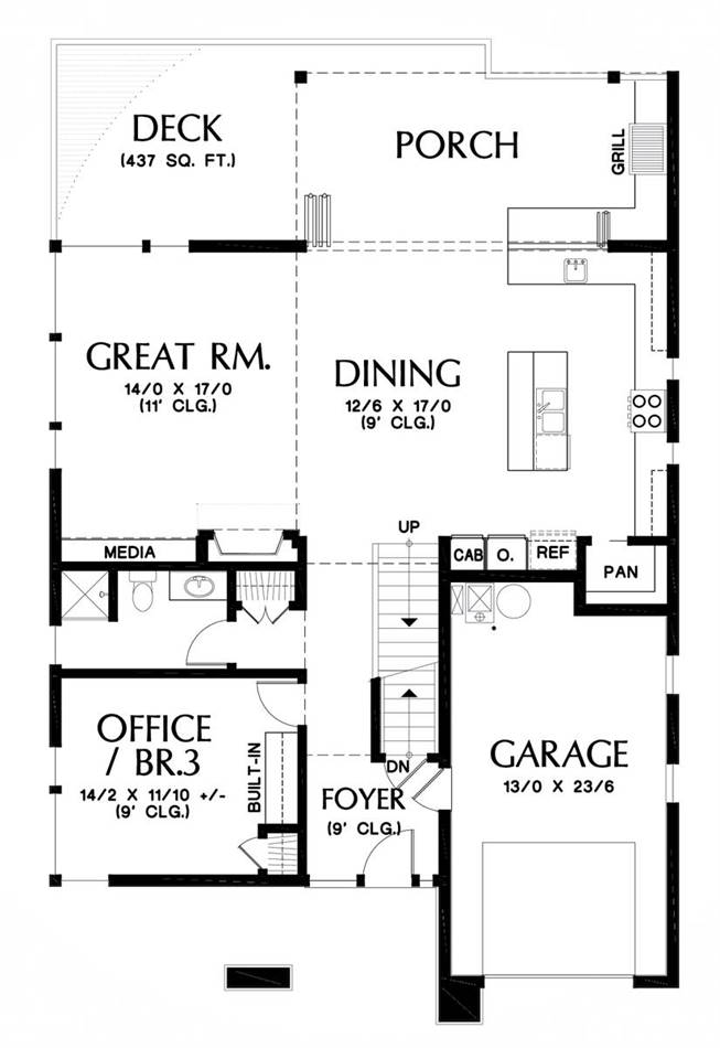 Main Floor Plan image of Featured House Plan: BHG - 5586