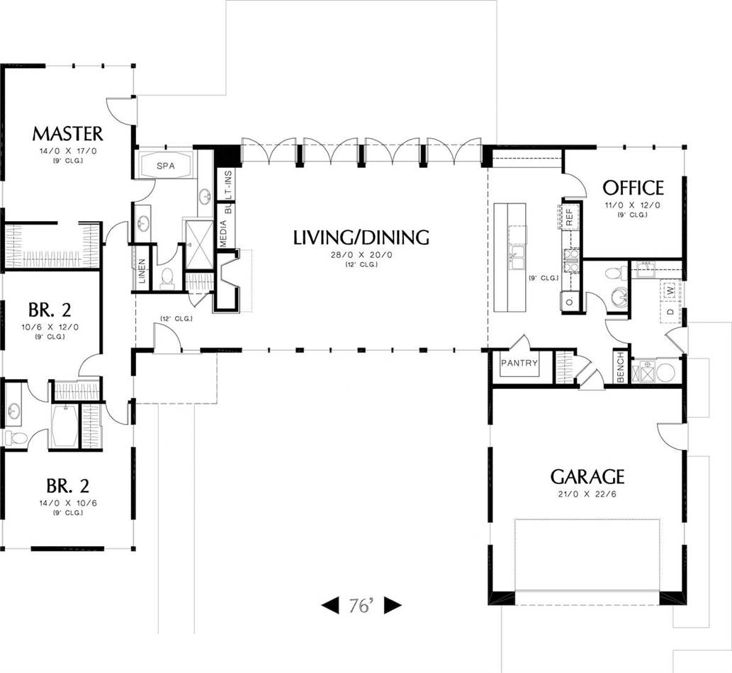 Main Floor Plan image of Featured House Plan: BHG - 6052