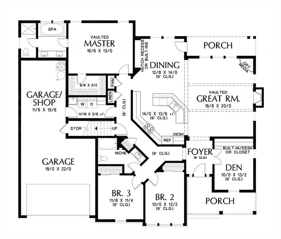 Main Floor Plan image of Featured House Plan: BHG - 7239