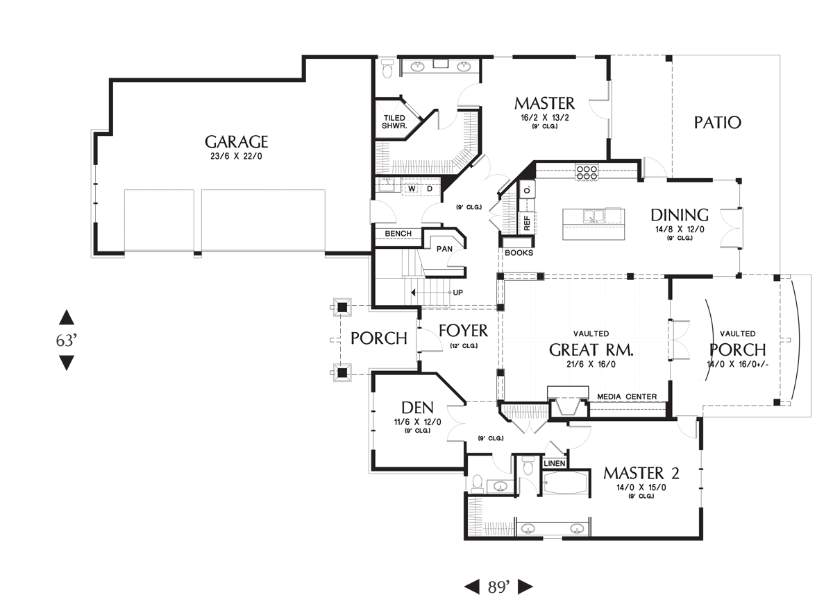Main Floor Plan image of Featured House Plan: BHG - 4385
