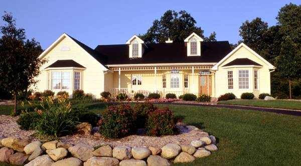 Front Photo image of Featured House Plan: BHG - 2796