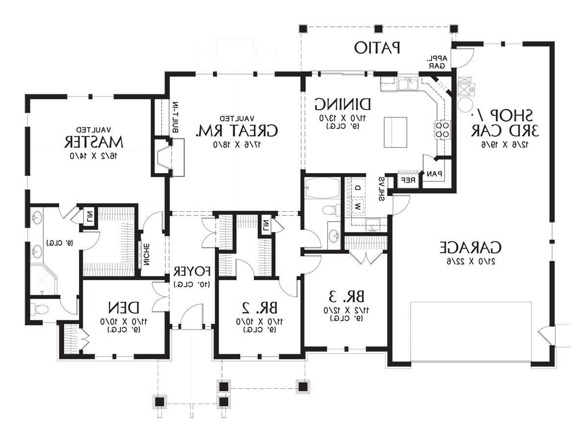 Main Floor Plan image of Featured House Plan: BHG - 9458