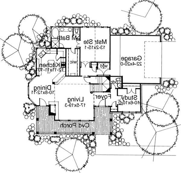 First Floor Plan image of Featured House Plan: BHG - 5776